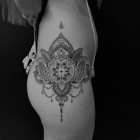 Tatouage Hanche Homme Tatouage Hanche Femme Tatouages T Tatuaggi