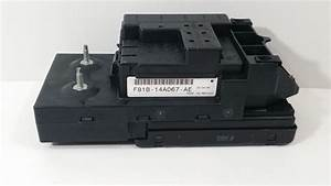 99 00 F250 Super Duty Fuse Relay Box F81b 14b205 Ae W Gem