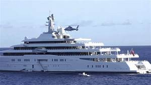 Helicopter landing on the (second) largest yacht in the ...