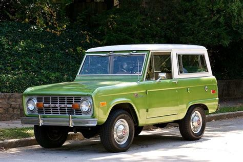 jeep bronco white green ford bronco with white roof cars pinterest