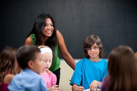 teachers weigh   elementary school kids