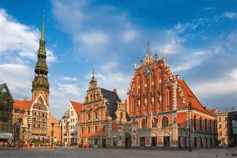 Latvia Coach Holidays - Latvian Tour Packages - Expat ...