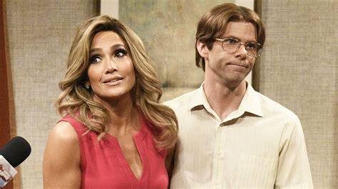 Watch Saturday Night Live Highlight: Surprise Home ...