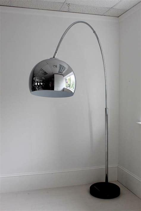 die bogenlampe passt zu fast jedem interieur archzinenet