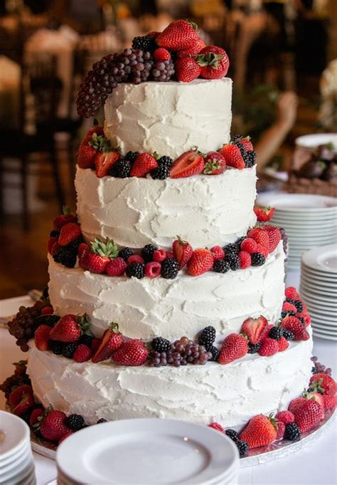 25 Best Ideas About Berry Wedding Cake On Pinterest