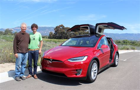 Tesla Model X Already #8 Large Luxury Suv In Us, Model S