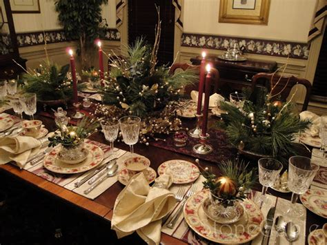 Stonegable Traditional Christmas Tablescape