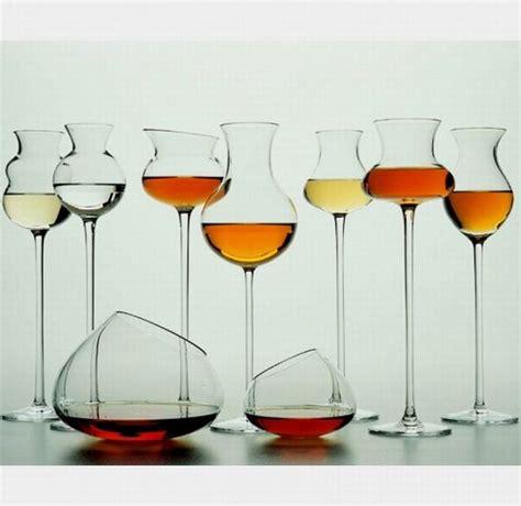 Sta Su Bicchieri by 187 La Grappa Italiana Piace All Estero
