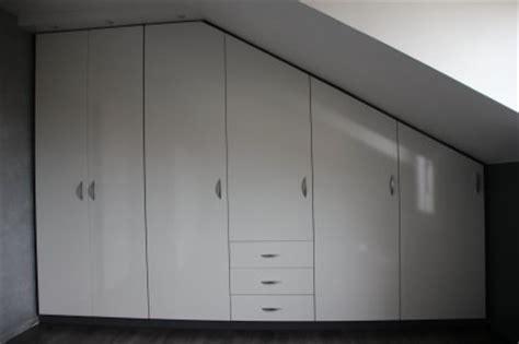 logiciel pour amenager une chambre placard sous pente chambre mansardé rangement sous pente