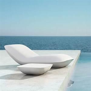 5 transats design pour buller pres de sa piscine mon With transat de piscine design