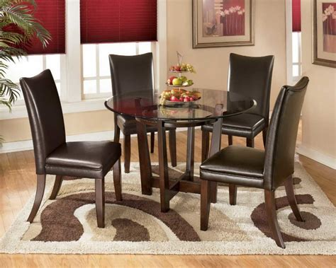 area rug dining table how to get your dining room area rugs right traba homes