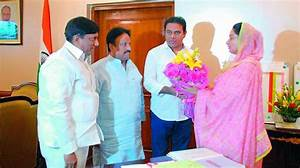 KT Rama Rao meets ministers, seeks help for projects