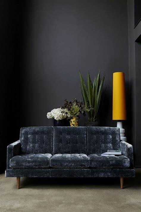 peindre un canapé en simili cuir peinture pour canape en cuir 28 images on met l accent