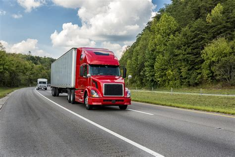 Commercial truck insurance average costs vary widely because there are several different coverages truckers may need. How much does semi-truck insurance cost? | Truck Insurance Quotes