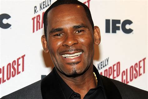 Kelly's manager charged with phone threats to theater. R. Kelly Reveals He Suffers From Illiteracy