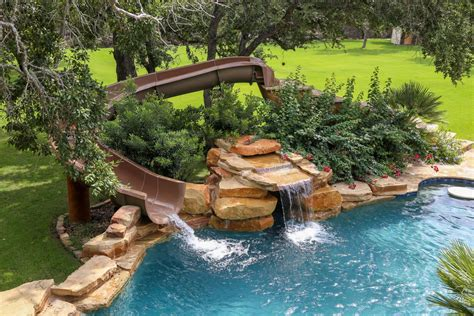 How Much Does A Custom Pool Cost?