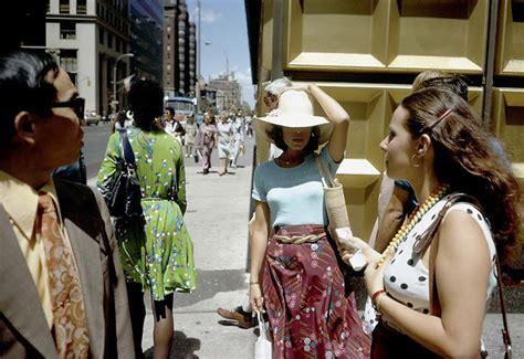 Rare color photos of 1970s American street life