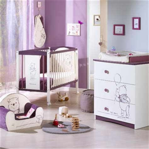 chambre winnie l ourson pour bébé decoration chambre bebe winnie l ourson