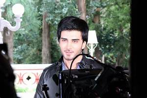 Imran Abbas on the set of 'Creature'; First 3D-iMAX ...