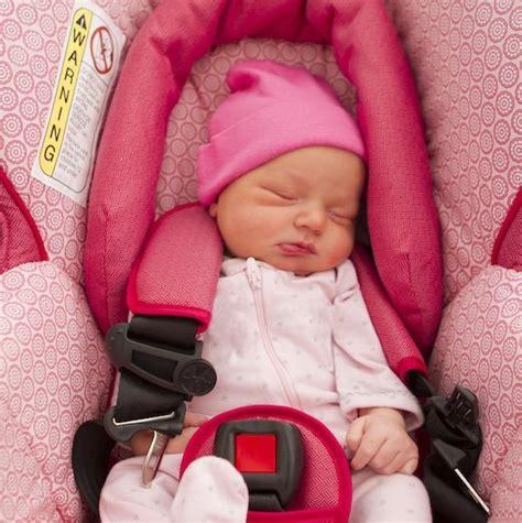 position siège bébé voiture i size une nouvelle norme de sécurité pour les sièges