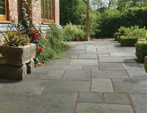 garden landscaping pavestone paving for