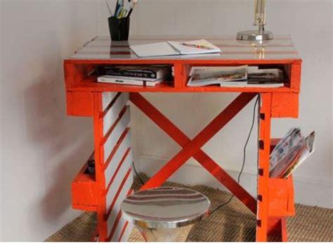 comment fabriquer un bureau comment faire un bureau en palette