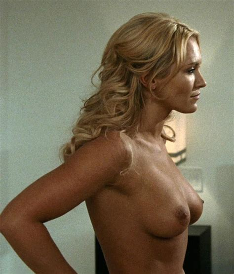 Nicky Whelan Nude Pics And Sex Scenes Compilation Scandal