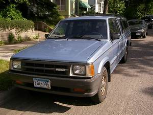1986 Mazda B2000 - Pictures