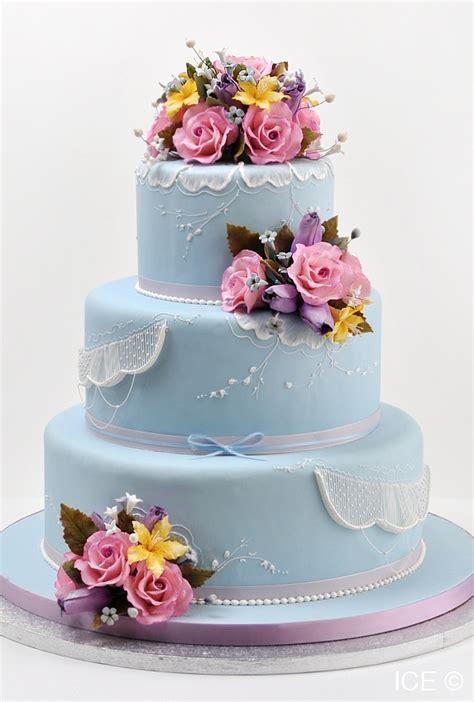 a cake from s master cake decorator toba garrett