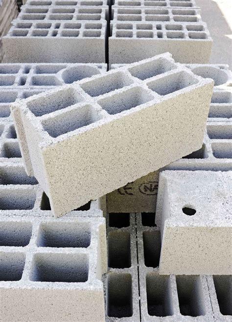 ustensiles de cuisine professionnel matériaux de construction à munster parpaing gravier ciment mortier tige acier