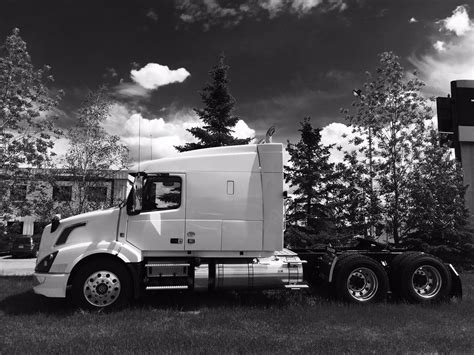 volvo truck parts dealer volvo trucks canada authorized dealer for warranty