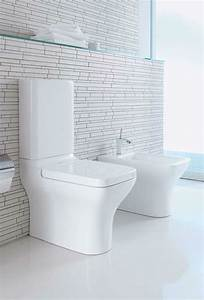 idee carrelage toilette maison design sphenacom With awesome wc suspendu couleur gris 10 toilette carrelage imitation bois wc pinterest