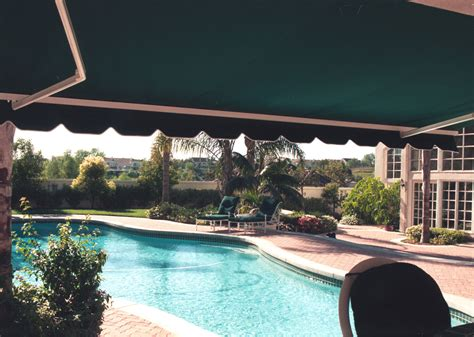 guide  choosing retractable awnings accent awning company