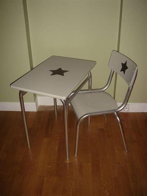 bureau maternelle bureau et chaise école maternelle grande section relokés