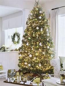 Geschmückte Weihnachtsbäume Christbaum Dekorieren : geschm ckter weihnachtsbaum lichterketten weihnachten pinterest geschm ckter ~ Markanthonyermac.com Haus und Dekorationen