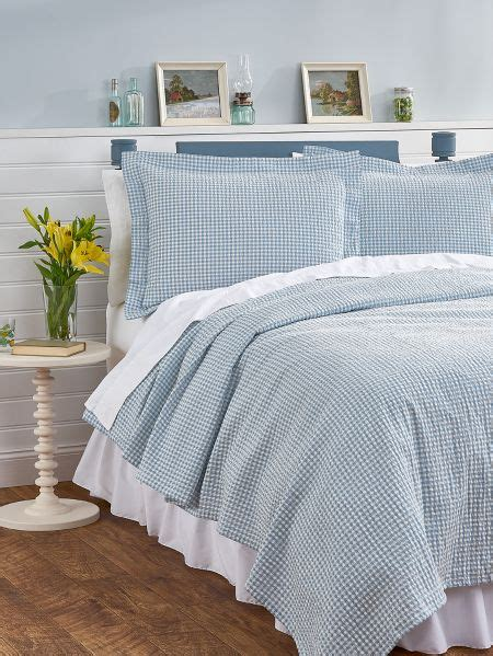 Seersucker Coverlet by Gingham Bedspread Seersucker Coverlet