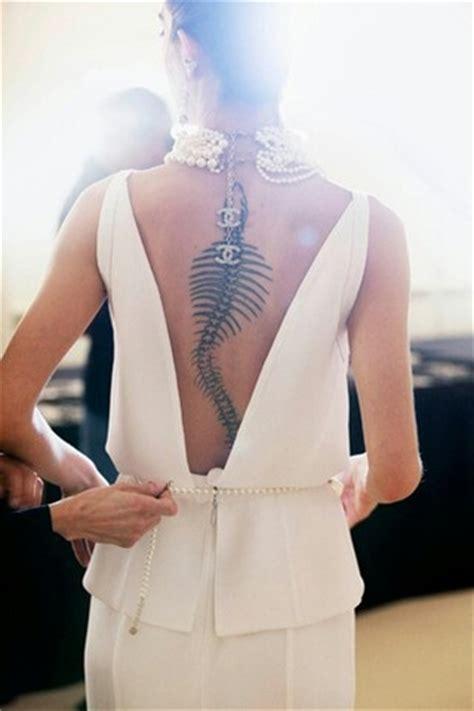snake tattoos women spine  fav images amazing