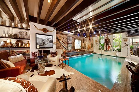 Living Room In Pool by House With Swimming Pool In The Living Room Decoholic