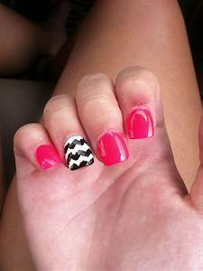 Pink black and white acrylic nails | Nails/ Makeup | Pinterest