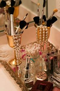 Makeup Party Decor - Mugeek Vidalondon