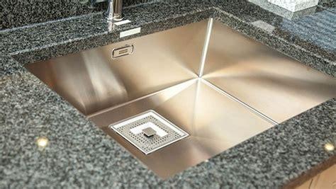 kind  cut       sink touchstone