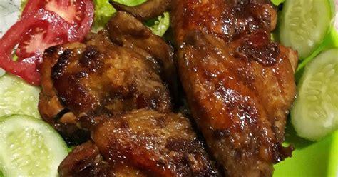 Berbeda dengan sate lainnya yang disajikan dengan bumbu kacang, tidak begitu pada sate maranggi. Resep Ayam Bakar Bumbu Sate Maranggi oleh Riaty Arfiany - Cookpad