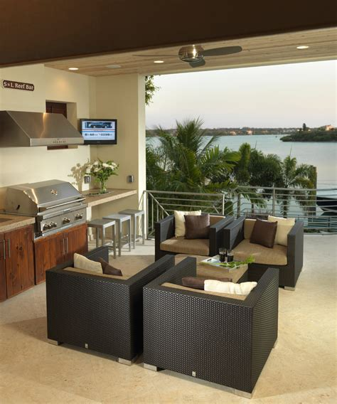 outdoor kitchens  olde world modern patio tampa