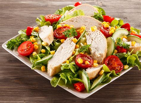 Lose Weight Fast With These Fast Food Salads