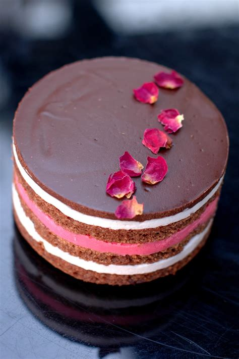 bonbini chocolate strawberry opera cake