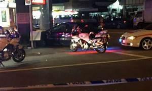 High speed police chase ends up in multiple-vehicle crash ...