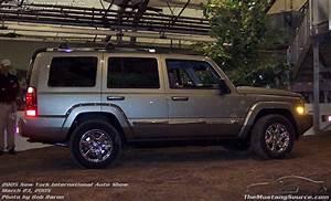 2005 New York International Auto Show  Jeep