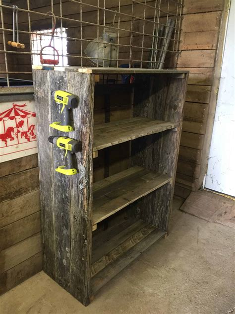 easy diy pallet barn shelves  pallets