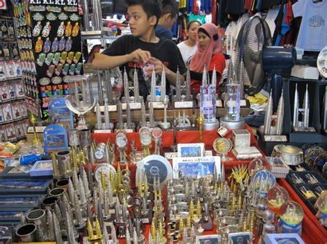 wajib beli  oleh oleh khas malaysia