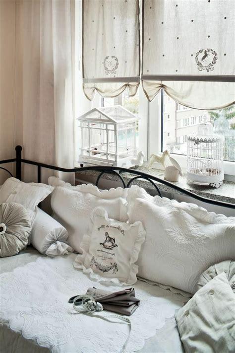 chambre style gustavien le style gustavien pour un intérieur chic et sobre